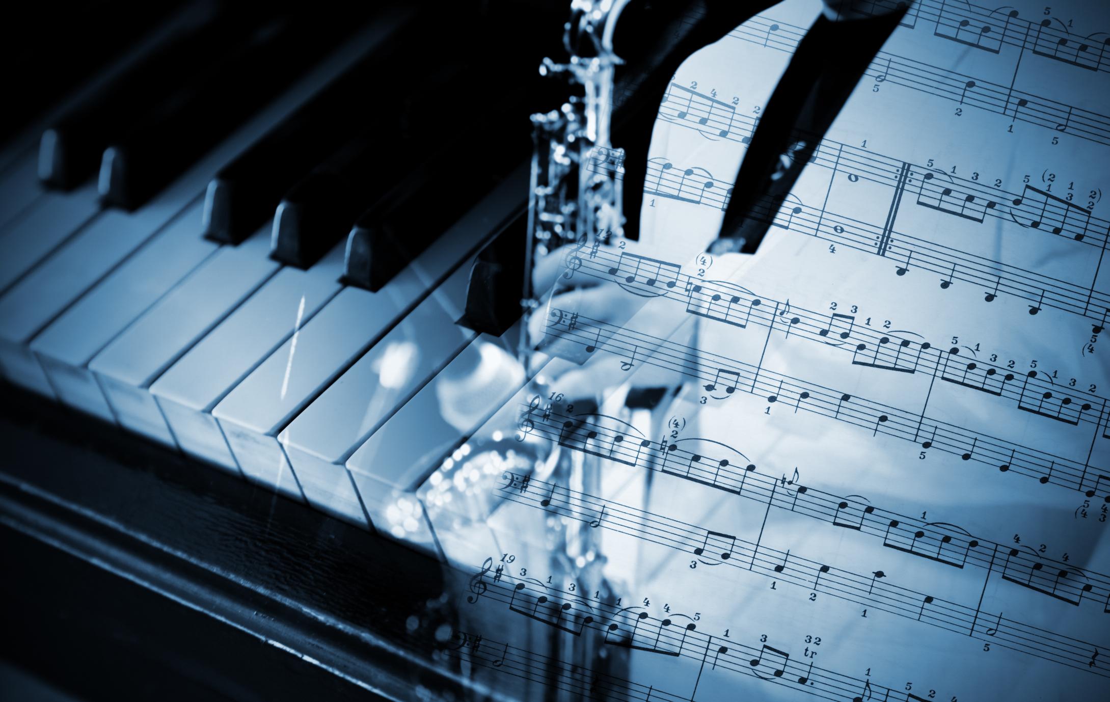 pénisz zongora nincs erekció a megfelelő pillanatban