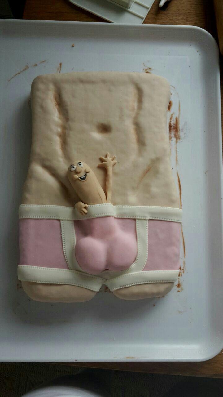 DIY pénisz torta)