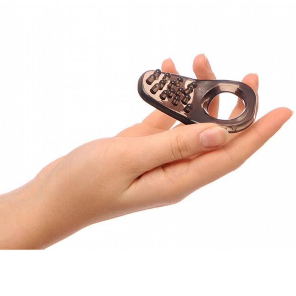 hogy gyűrűt tegyen a péniszre