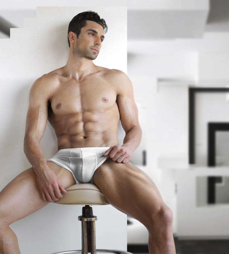 szexi férfiak péniszekkel