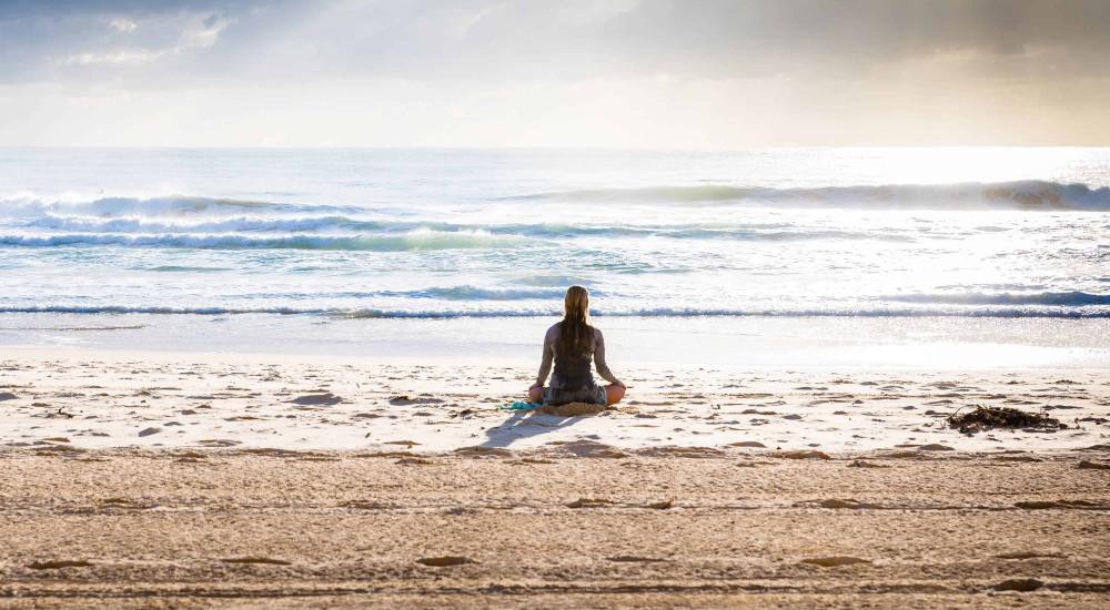 merevedés a meditáció során)