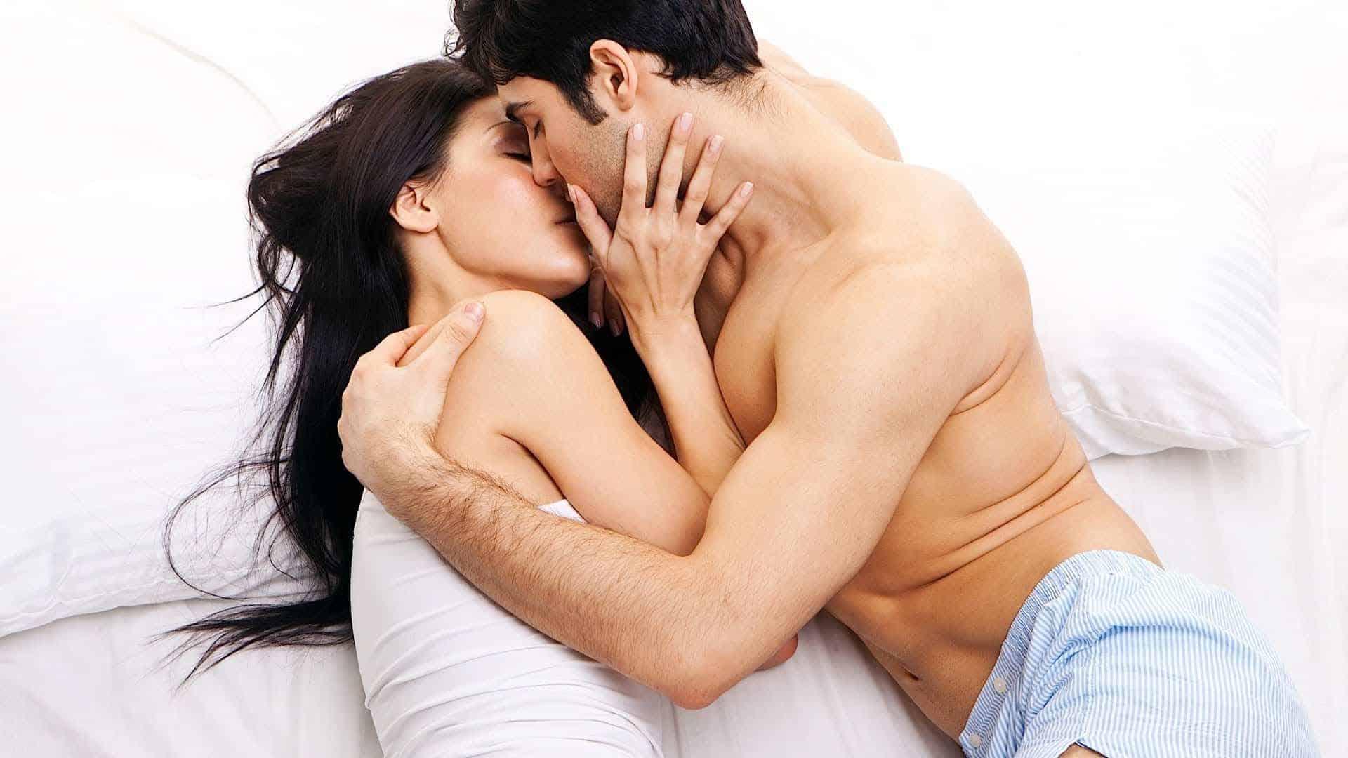 erekciós csók