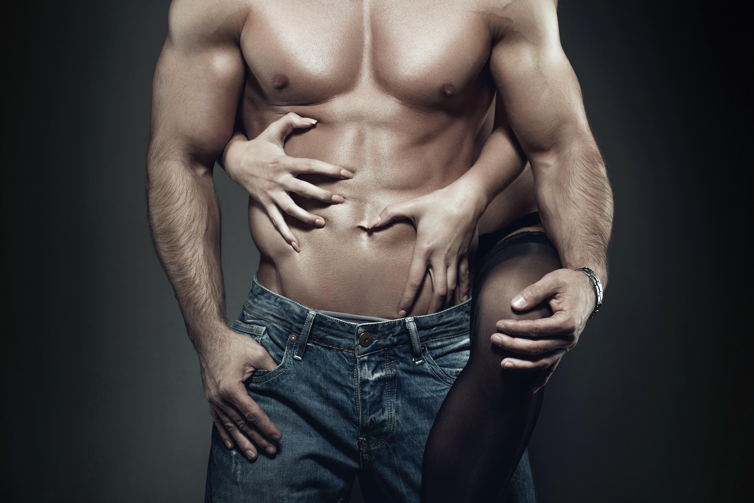 Így kell kézzel felizgatni a férfiakat - Blikk